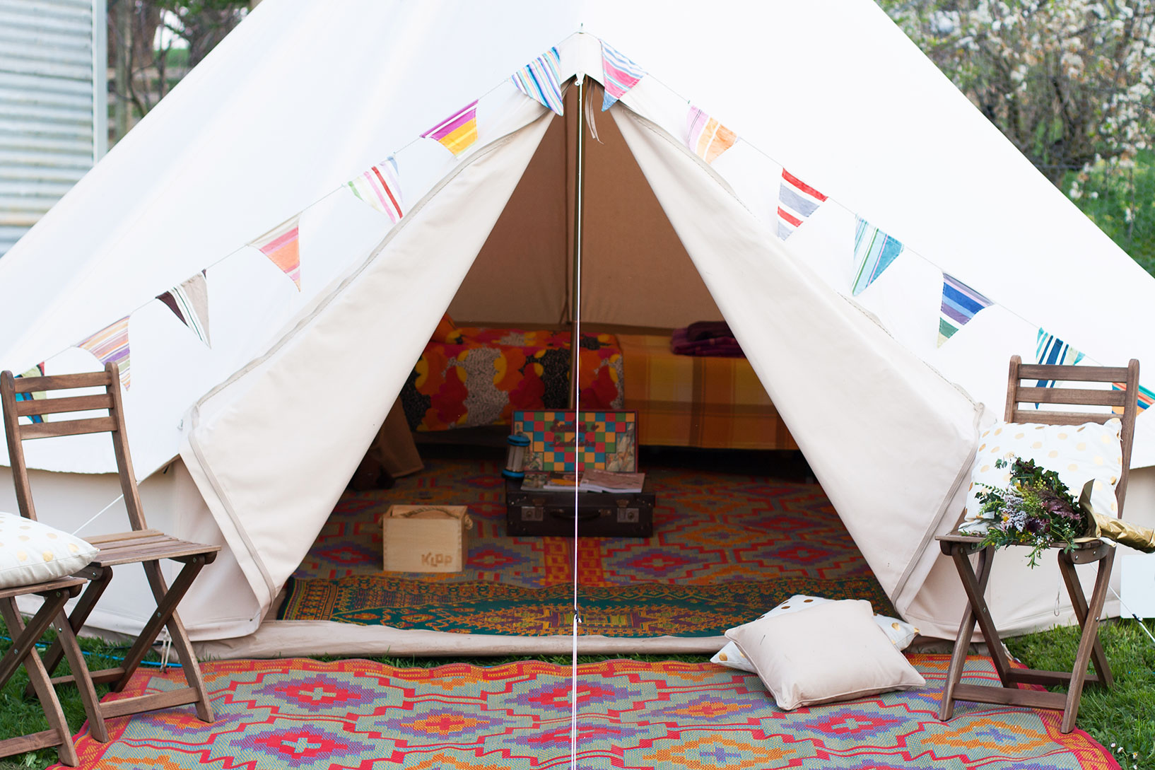 happy glamper tent
